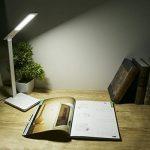 B-Right® Lampe de Bureau LED 5W, Lampe LED de Table avec 5V 3 Niveaux de Luminosité Ajustable Par Touche, Port USB de Recharge. Angle Réglable et Flexible à 360° (blanc et blanc chaud) de la marque image 6 produit