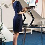 Lavolta Table de lit pour ordinateur portable Pliable Inclinable Plateau de refroidissement 2 ventilateurs Tapis de souris Alliage d'aluminium - noir de la marque Lavolta image 1 produit