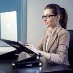 Lavolta Table de lit pour ordinateur portable Pliable Inclinable Plateau de refroidissement 2 ventilateurs Tapis de souris Alliage d'aluminium - noir de la marque Lavolta image 2 produit